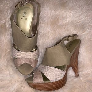 Shoes - Bakers shoes size 7.5!